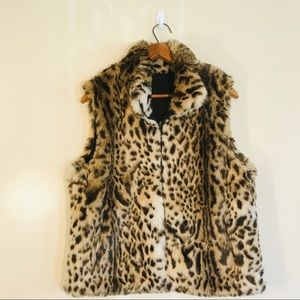 50% Off Sale 🎉 Reversible Leopard Print Jacket